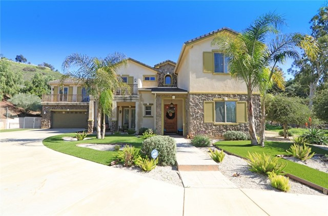 10703 Colebrook Street, Sunland, CA 91040
