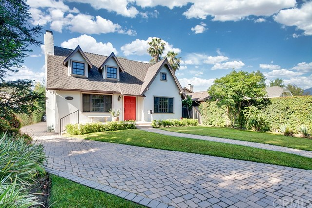 2. 1464 Oakdale Street Pasadena, CA 91106