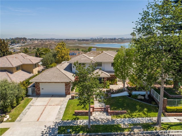 2118 Leeward Lane, Newport Beach, CA 92660