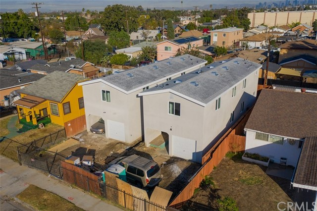 1665 E 84th ST, Los Angeles, California 90001, 5 Bedrooms Bedrooms, ,3 BathroomsBathrooms,Single Family Residence,For Sale,E 84th ST,OC21001232