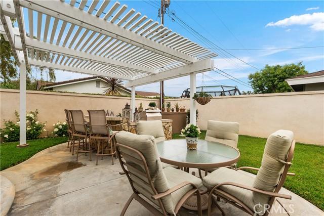 40. 2016 Calvert Avenue Costa Mesa, CA 92626