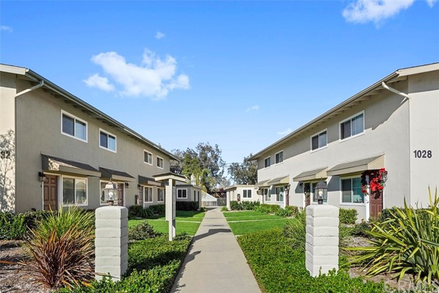 1032 W Wilson Street, Costa Mesa, CA 92627