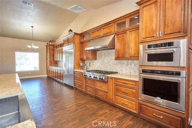 6910 Oak Vista Ln, Oak Hills, CA 92344 Photo 16