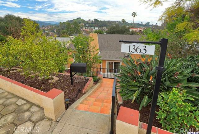1363 Romulus Drive, Glendale, CA 91205