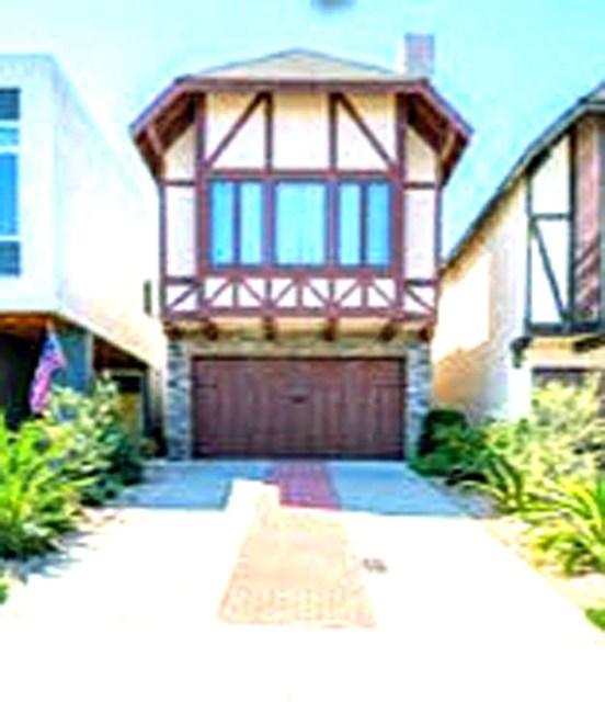 1525 Wollacott Street, Redondo Beach, CA 90278