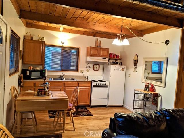 33320 Iris, Green Valley Lake, CA 92341 Photo 2