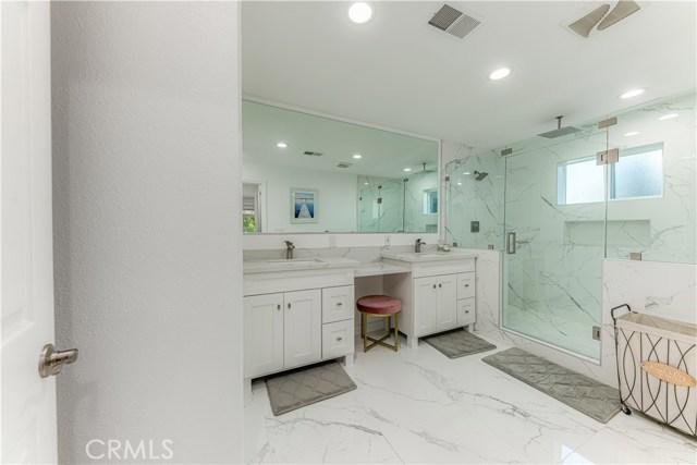 922 W Alpine Avenue, Santa Ana, CA 92707