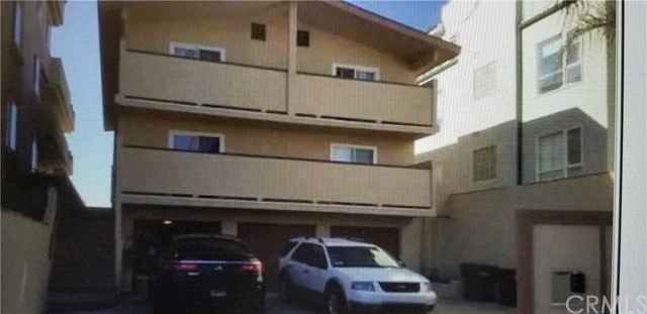 1372 Seacoast Drive, Imperial Beach, CA 91932