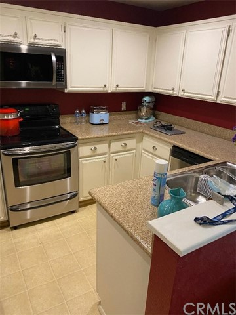 11410 Dolan Avenue, Downey, California 90241, 2 Bedrooms Bedrooms, ,1 BathroomBathrooms,Residential,For Sale,Dolan,DW21117575
