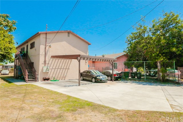 10974 Willowbrook Avenue, Los Angeles, CA 90059