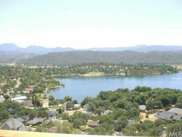 17196 Greenridge Rd, Hidden Valley Lake, CA 95467 Photo 2