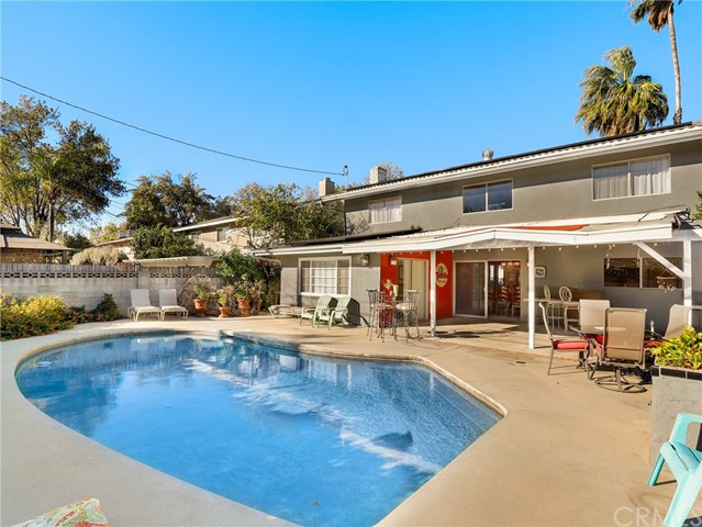 7724 Vicky Avenue, West Hills, CA 91304