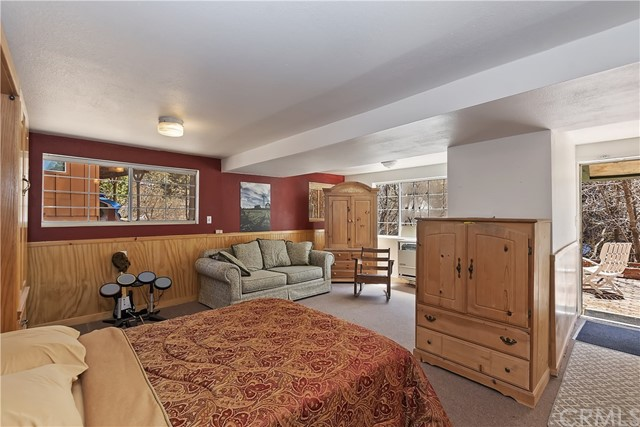 701 Oak Knoll Dr, Green Valley Lake, CA 92341 Photo 8