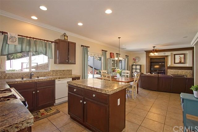 40454 Calle Katerine, Temecula, CA 92591 Photo 13