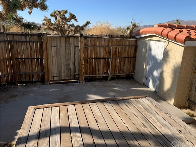 9561 Akron Rd, Lucerne Valley, CA 92356 Photo 43