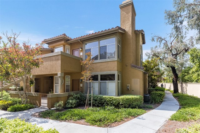 19431 Rue De Valore 13L, Lake Forest, CA 92610