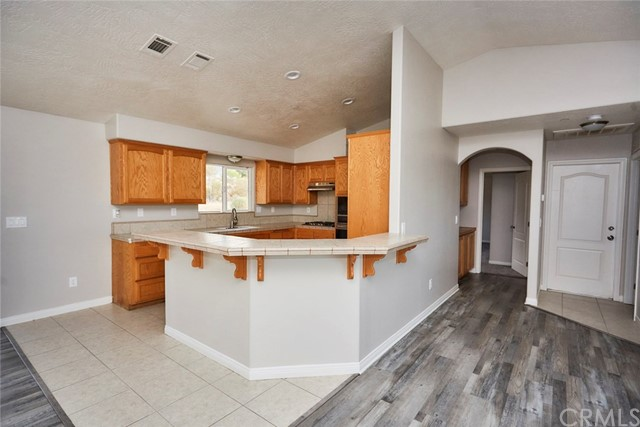 32755 Spinel Rd, Lucerne Valley, CA 92356 Photo 9