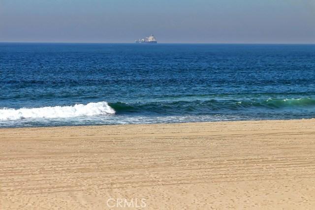 3205 The Strand, Hermosa Beach, California 90254, 4 Bedrooms Bedrooms, ,3 BathroomsBathrooms,For Rent,The Strand,SB20251132