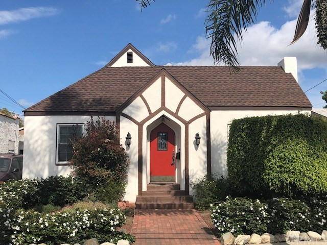 2574 Lime Avenue, Long Beach, CA 90806