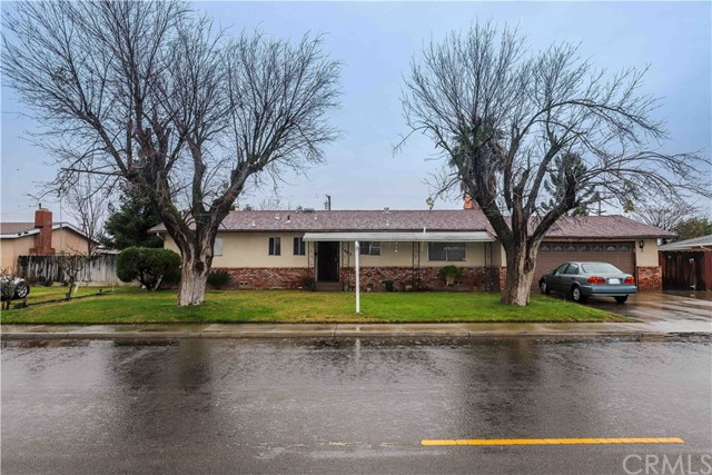1463 1st Street, Livingston, CA 95334