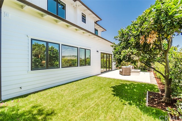 2200 Harkness Street, Manhattan Beach, California 90266, 5 Bedrooms Bedrooms, ,4 BathroomsBathrooms,For Sale,Harkness,SB18090113