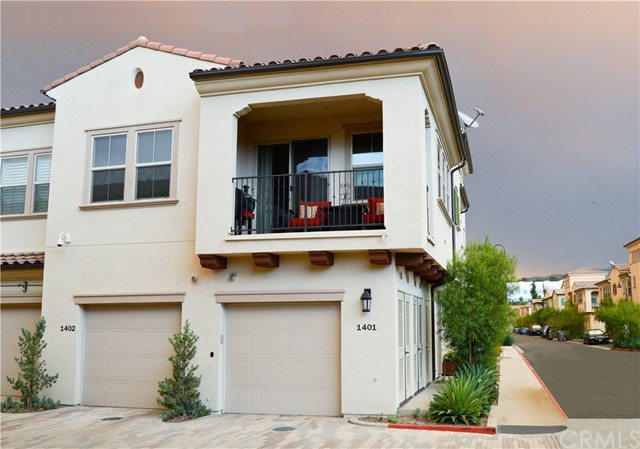 1401 El Paseo, Lake Forest, CA 92610