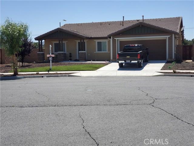 3293 Heliotrop Street, Hemet, CA 92543