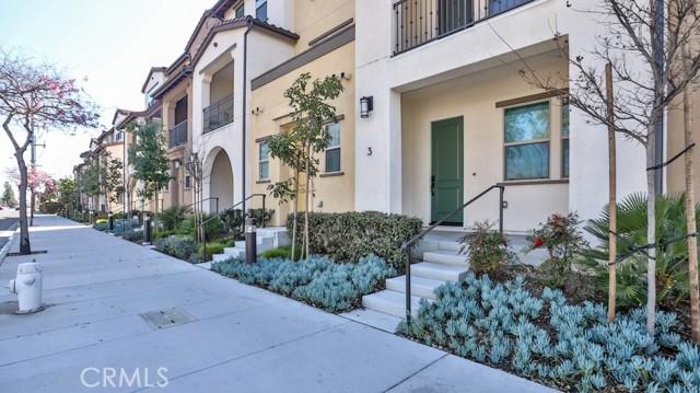 32. 1060 S Harbor Boulevard #3 Santa Ana, CA 92704