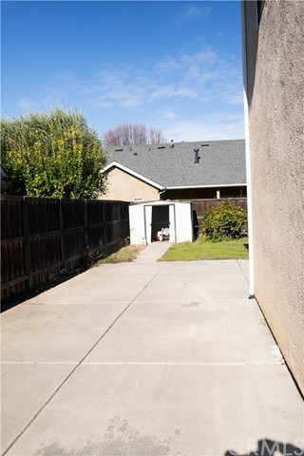 4712 W Celeste Avenue, Fresno, CA 93722