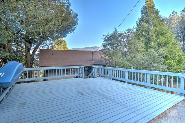 259 Wylerhorn Drive, Crestline, CA 92325