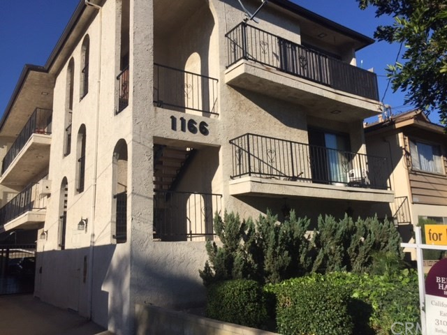 1166 22nd Street, San Pedro, California 90731, 3 Bedrooms Bedrooms, ,1 BathroomBathrooms,Quadruplex,For Lease,22nd Street,PV19052320
