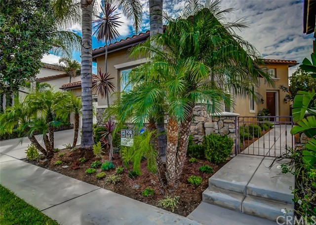 22 Saintsbury, Irvine, CA 92602