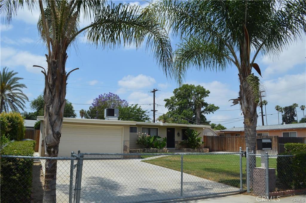 3574     Mckenzie Street, Riverside CA 92503