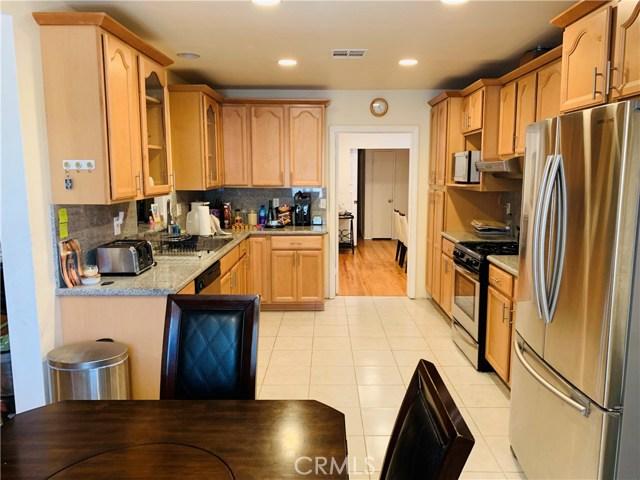 21218 Chase Street, Canoga Park, CA 91304
