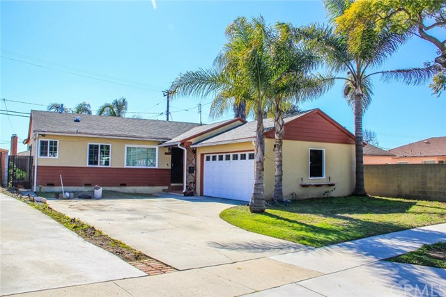 2518 116th Street, Hawthorne, California 90250, 3 Bedrooms Bedrooms, ,2 BathroomsBathrooms,Single family residence,For Sale,116th,MB19039845