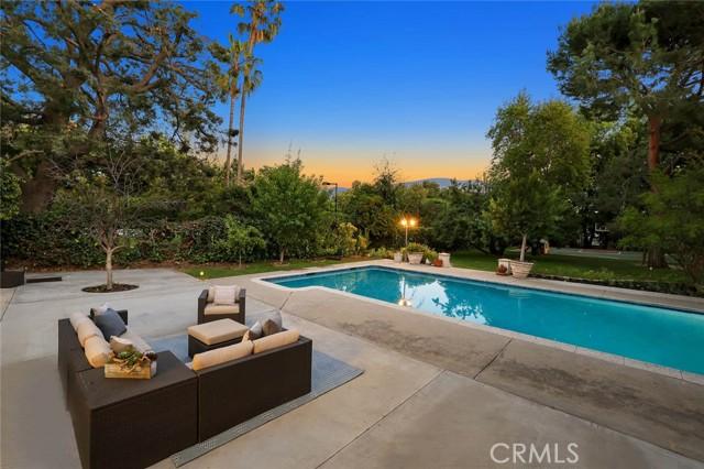 28. 2996 San Pasqual Street Pasadena, CA 91107