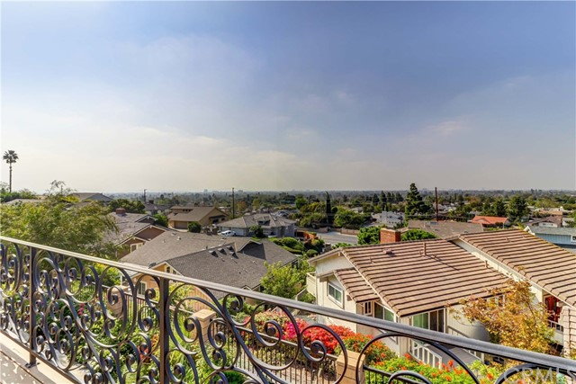18835 Winnwood Lane, North Tustin, CA 92705