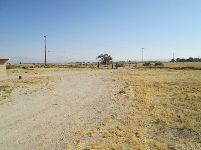 33459 Rabbit Springs Rd, Lucerne Valley, CA 92356 Photo 8