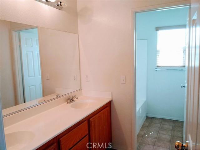 14411 Arthur Street, Oak Hills, CA 92344 Photo 17