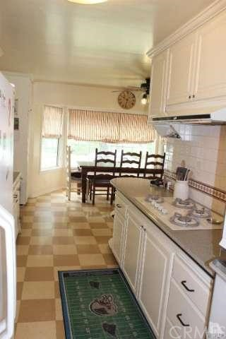 10455 Kurt St, Lakeview Terrace, CA 91342 Photo 18