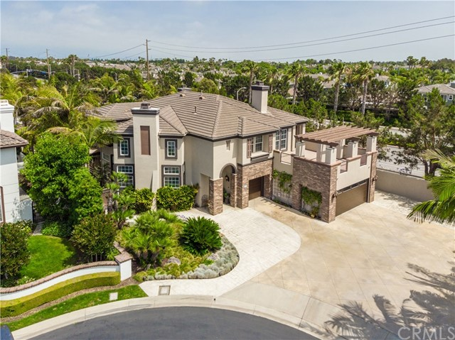 18976 Rockinghorse Lane, Huntington Beach, CA 92648