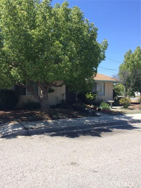 925 Rosalia Avenue, Hemet, CA 92543