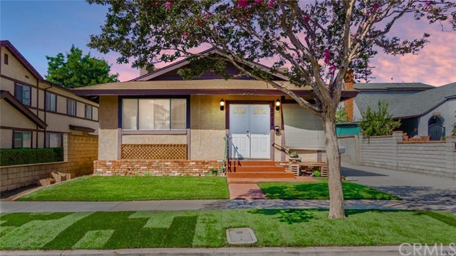 2015 S 6th Avenue, Alhambra, CA 91803