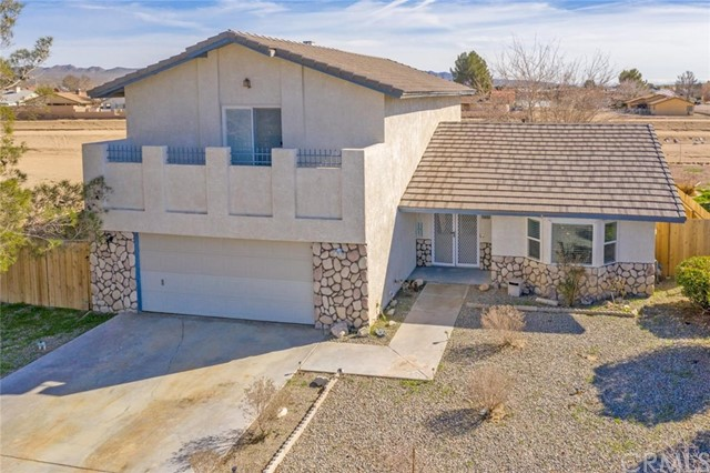 26835 Lakeview Drive, Helendale, CA 92342