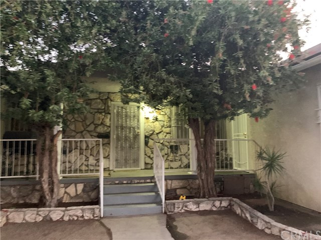 776 E 48th Street, Los Angeles, CA 90011