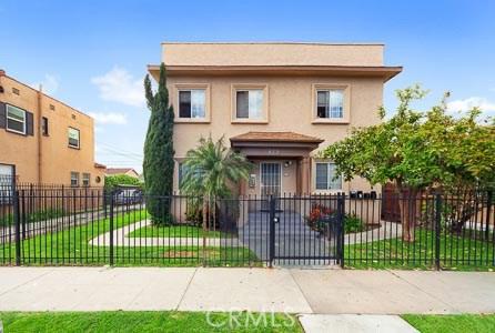 829 N Washington Place, Long Beach, CA 90813