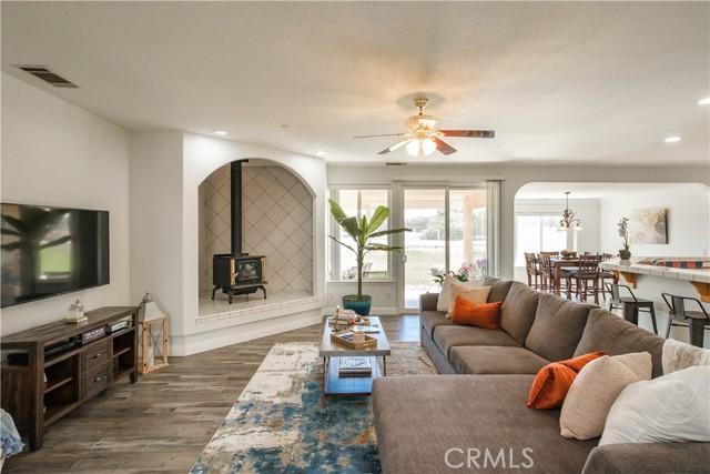 9875 Alta Mesa Rd, Oak Hills, CA 92344 Photo 1