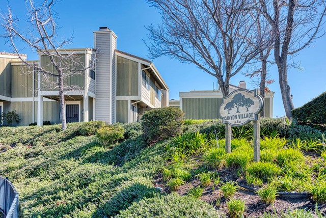 27122 Crossglade Avenue 3, Canyon Country, CA 91351