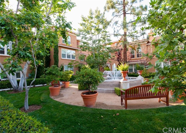 2460 E Villa St, Pasadena, CA 91107 Photo 1