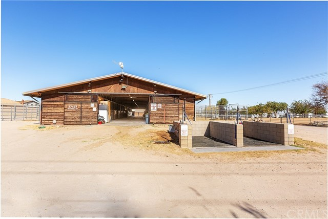 43. 26588 Lakeview Drive Helendale, CA 92342